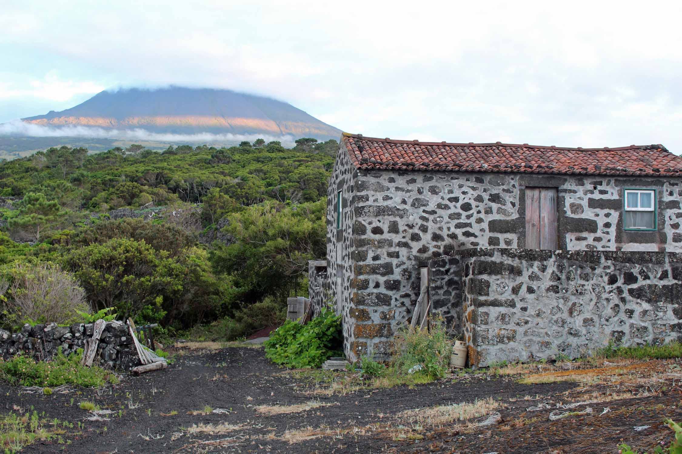 Azores, Pico Island, Aguada do Pau, house