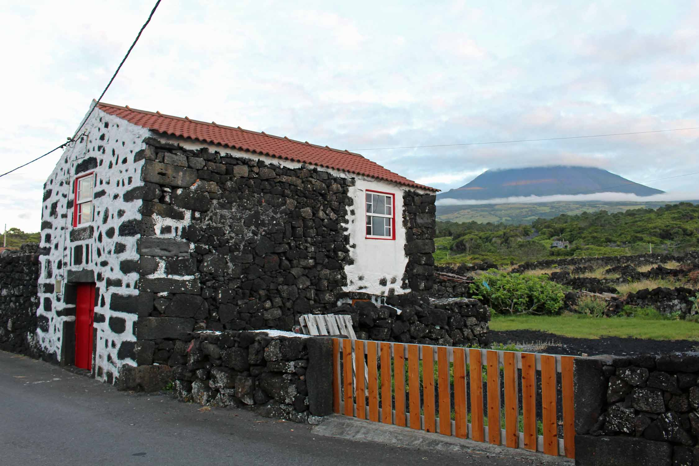 Azores, Pico Island, Aguada do Pau, typical house