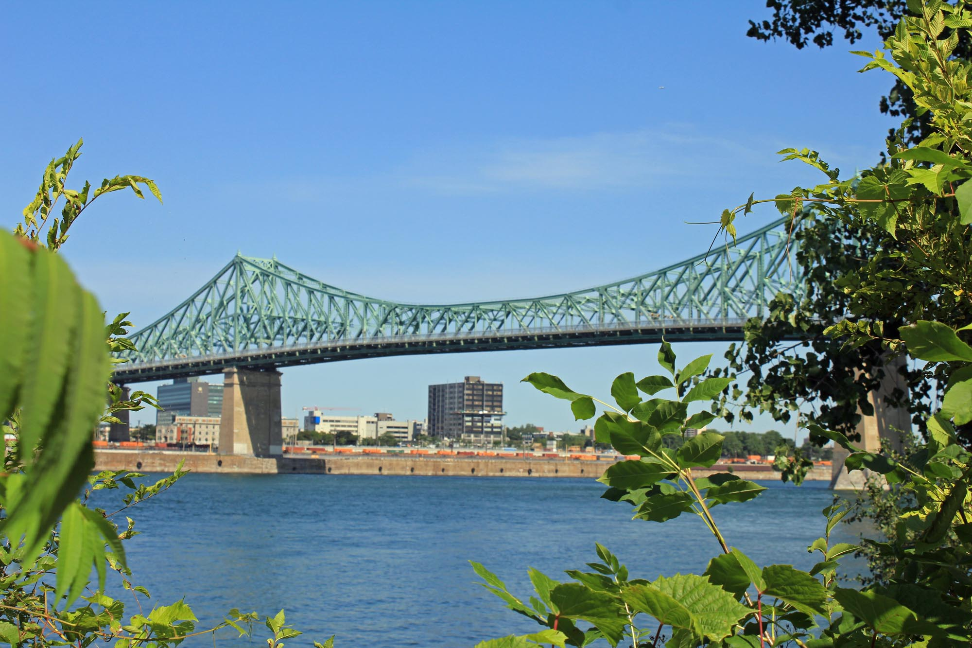 Montreal, Jacques Cartier bridge