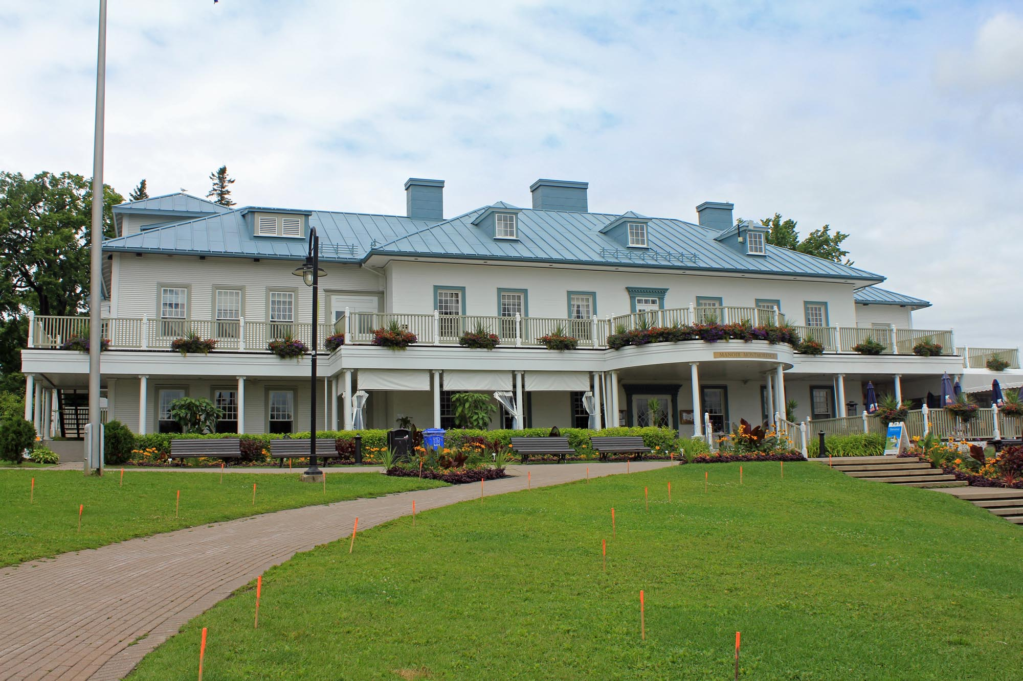 Montmorency falls, manor house
