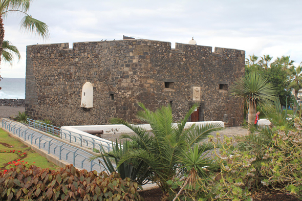 Puerto de la Cruz, castillo, Canary Islands