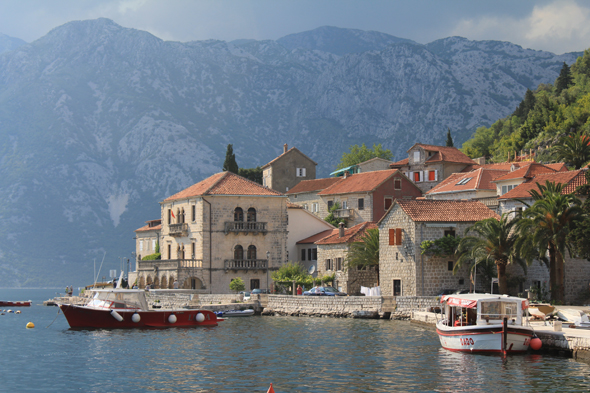 Perast, rives