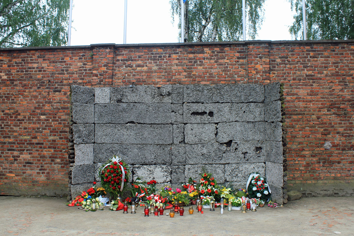 Auschwitz, executed by a fire squad wall
