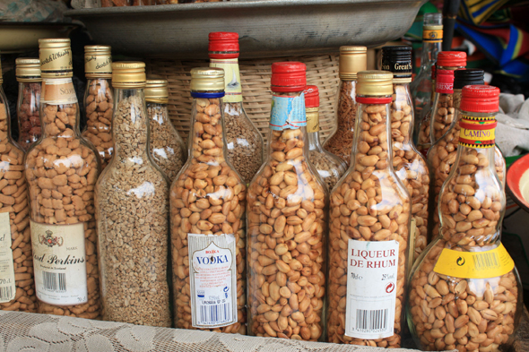 Peanuts in Lomé