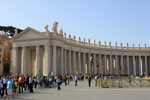 St. Peter's square, big colonnade