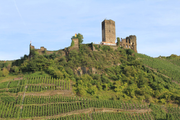 The castle of Metternich in Beilstein in the Moselle Valley