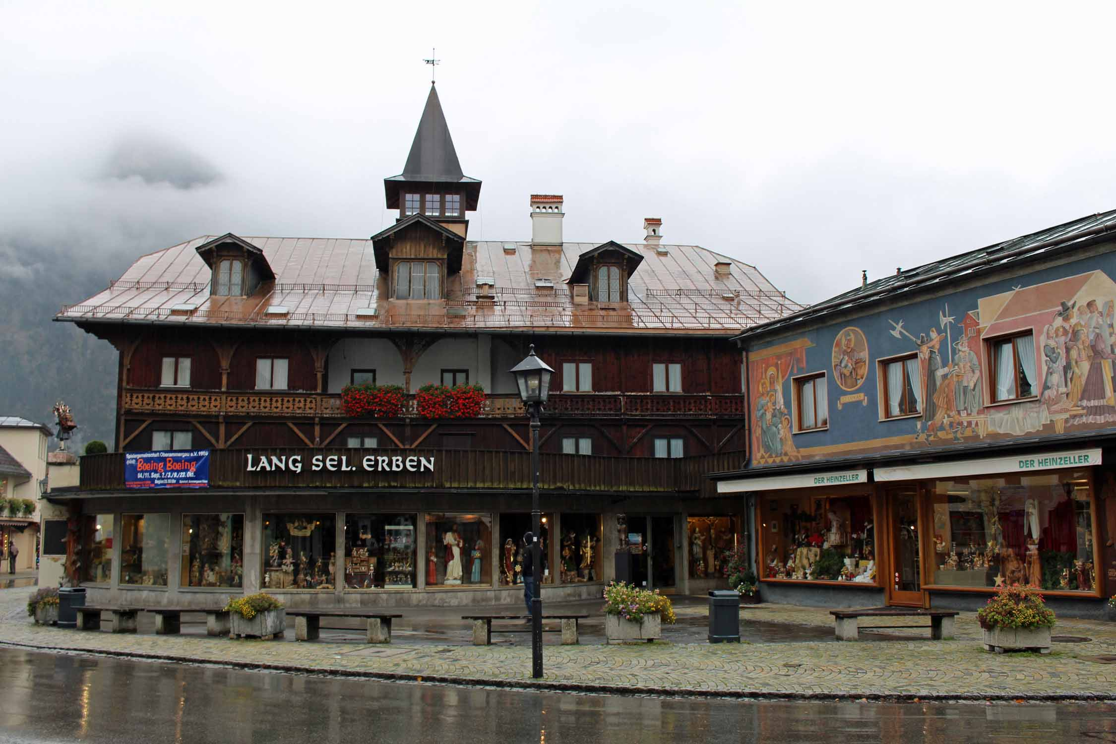 Magnificent decorated house in Oberammergau