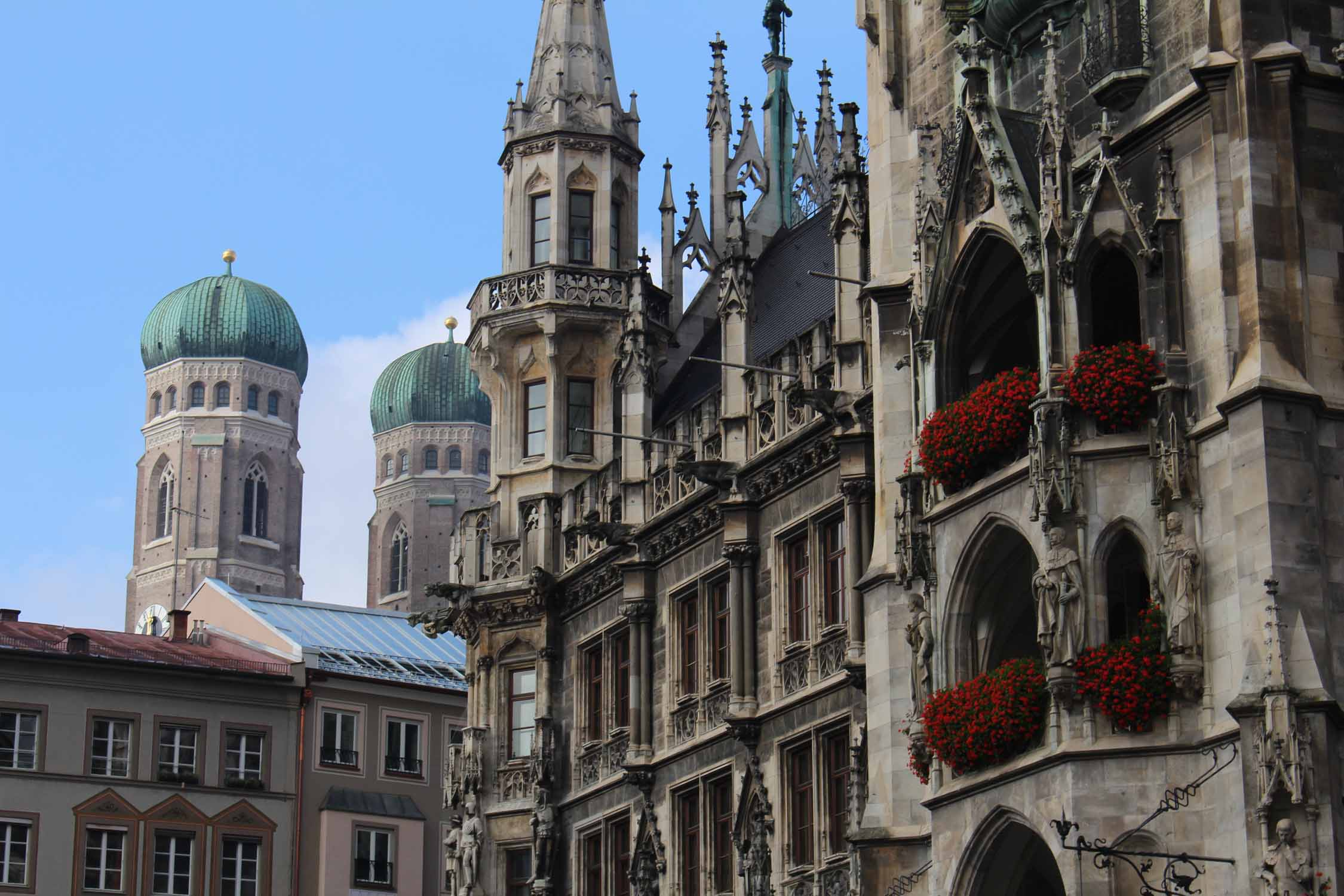 Details of the city hall of Munich.