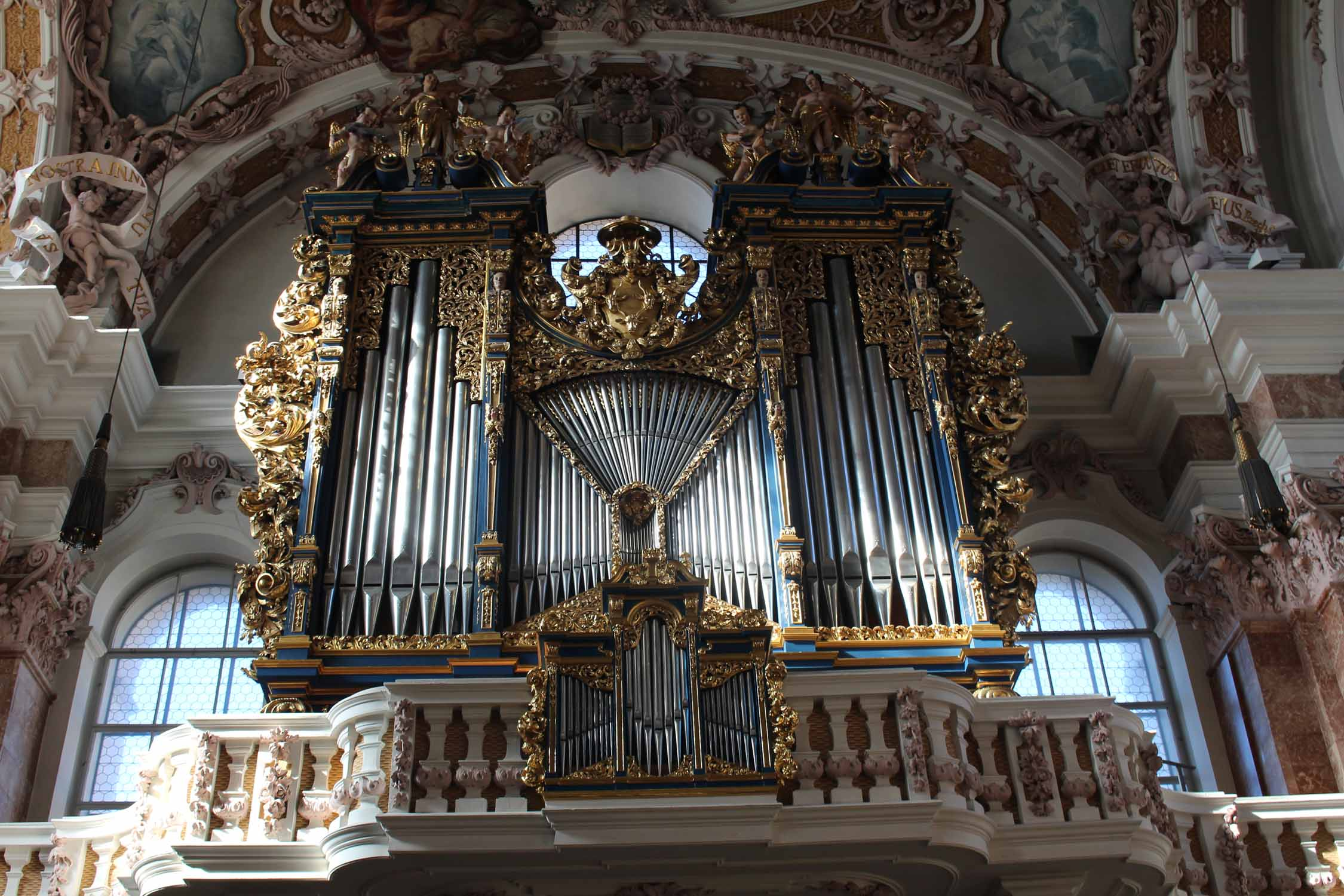 Innsbruck, cathedral St. James, organ