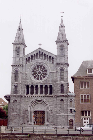 Tournai, Church