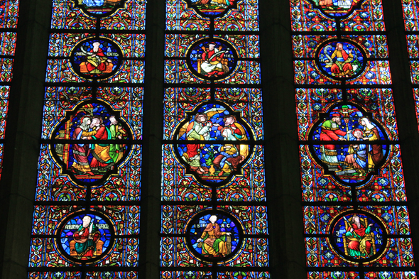 Notre-Dame de Dinant, stained-glasses