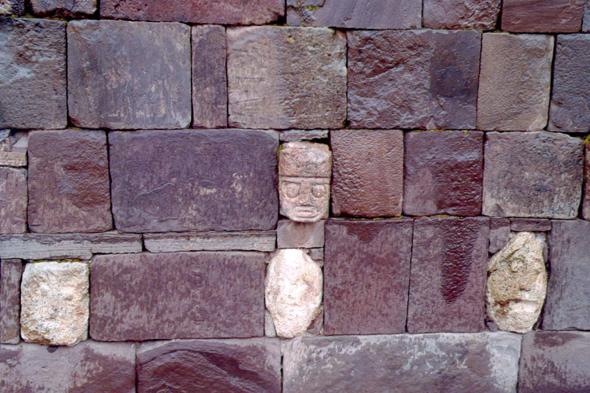 Templete Semisubterráneo