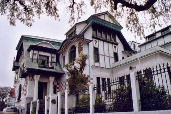 Valparaiso maison de style anglais for Maison de style anglais