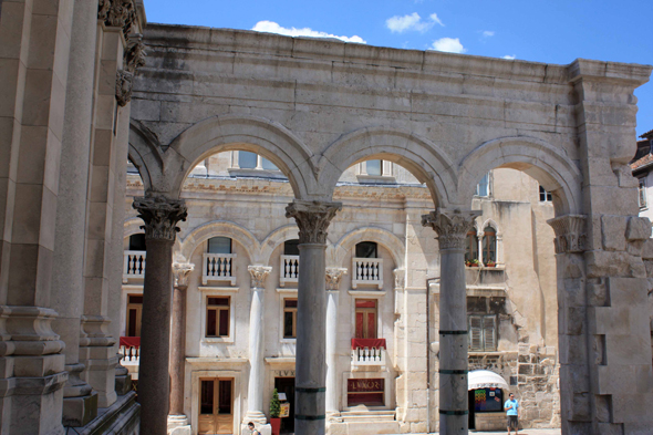 Split, Diocletian's Palace, peristyle