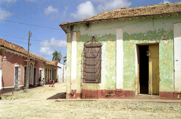 Cuba trinidad houses for Trinidad houses