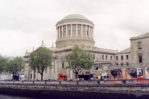 Dublin, Four Courts