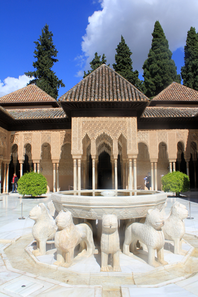 Alhambra, palace of the Lions