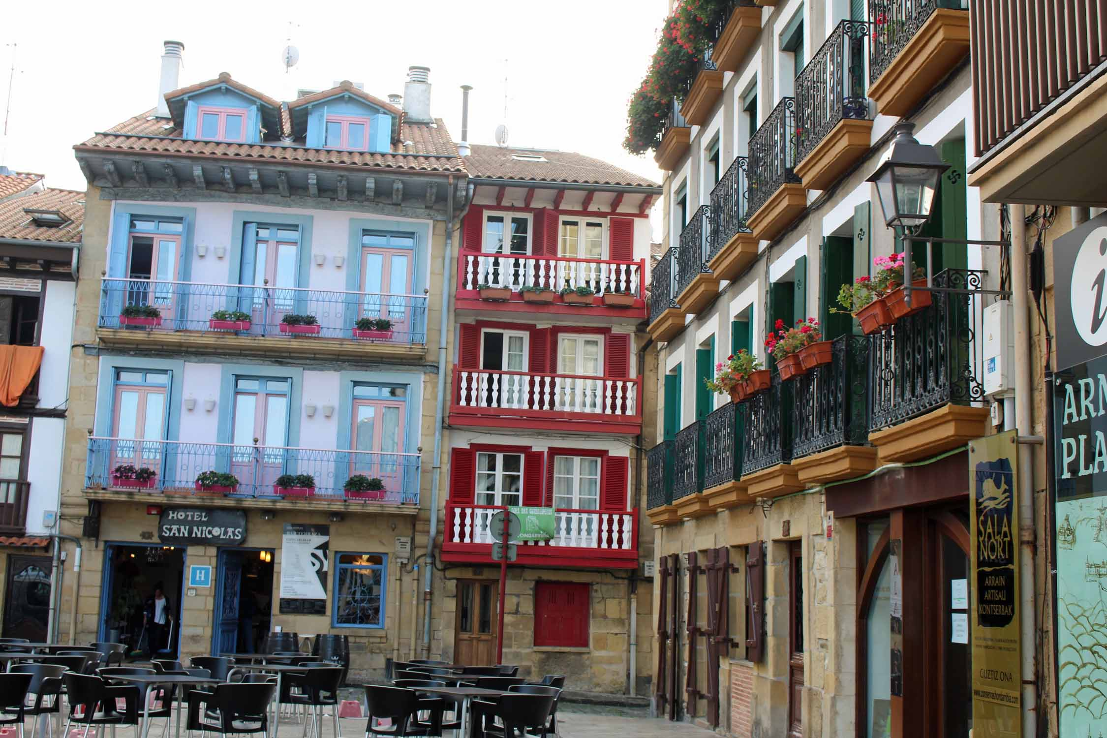 Hondarribia, houses