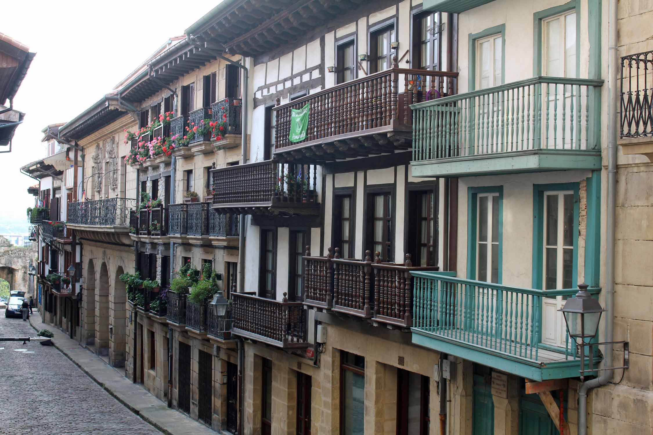 Hondarribia, casas Calle Mayor