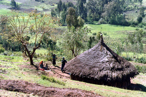 Ethiopia, Mounts Ahmar, village