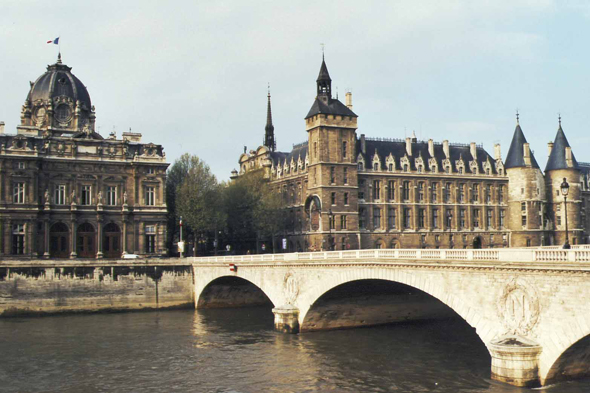 Paris, Conciergerie, France