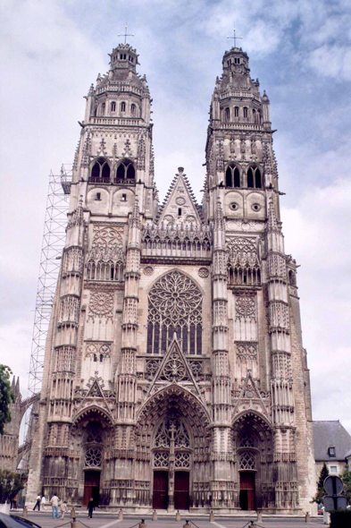 Tours, catedral