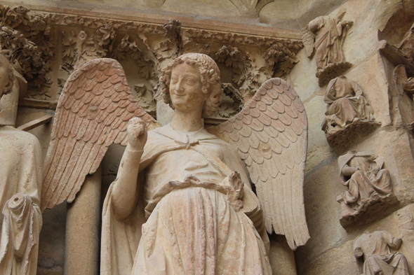Reims, Anges aux Sourires, cathedral