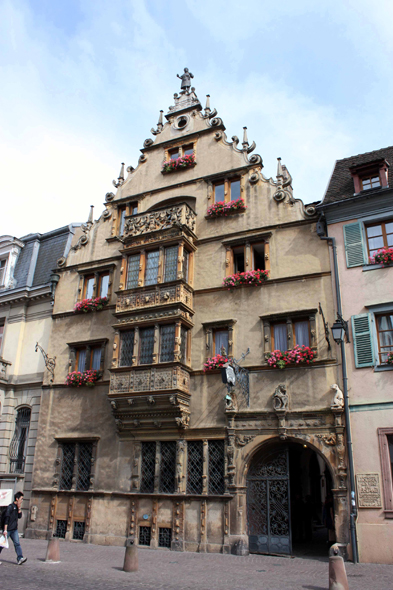Colmar, House of the Têtes