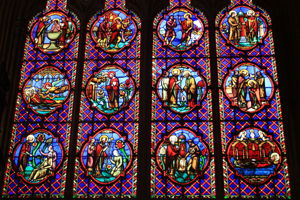 Bayeux, cathedral, stained glasses