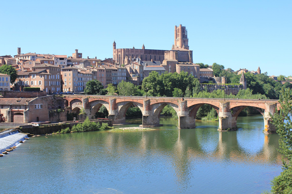 Albi, Red city