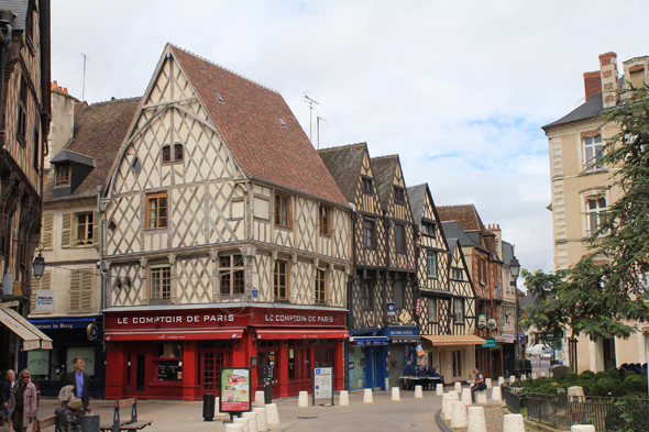 Bourges, place Gordaine