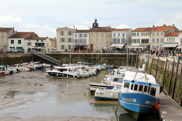 La Flotte-en-Ré, port, France