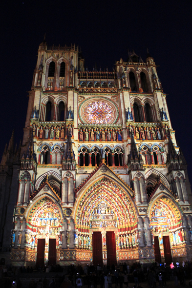 Amiens, cathedral, night