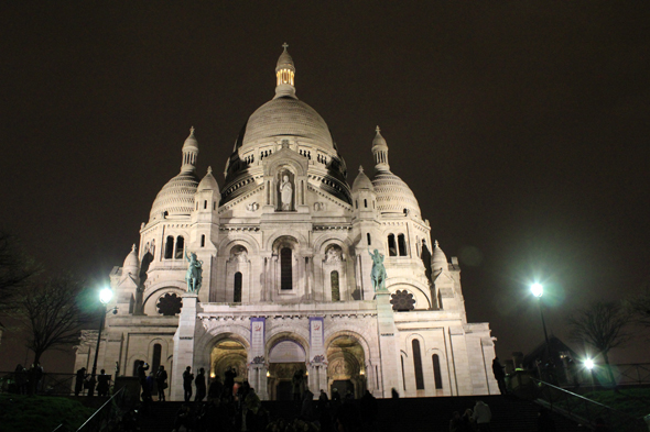 Paris, Sacré-Cœur, night