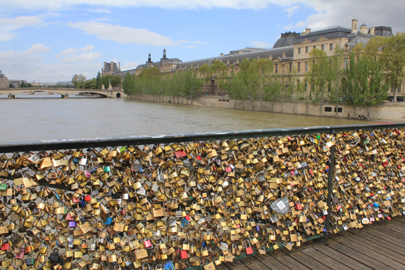 Paris, Pont des Arts, cadenas
