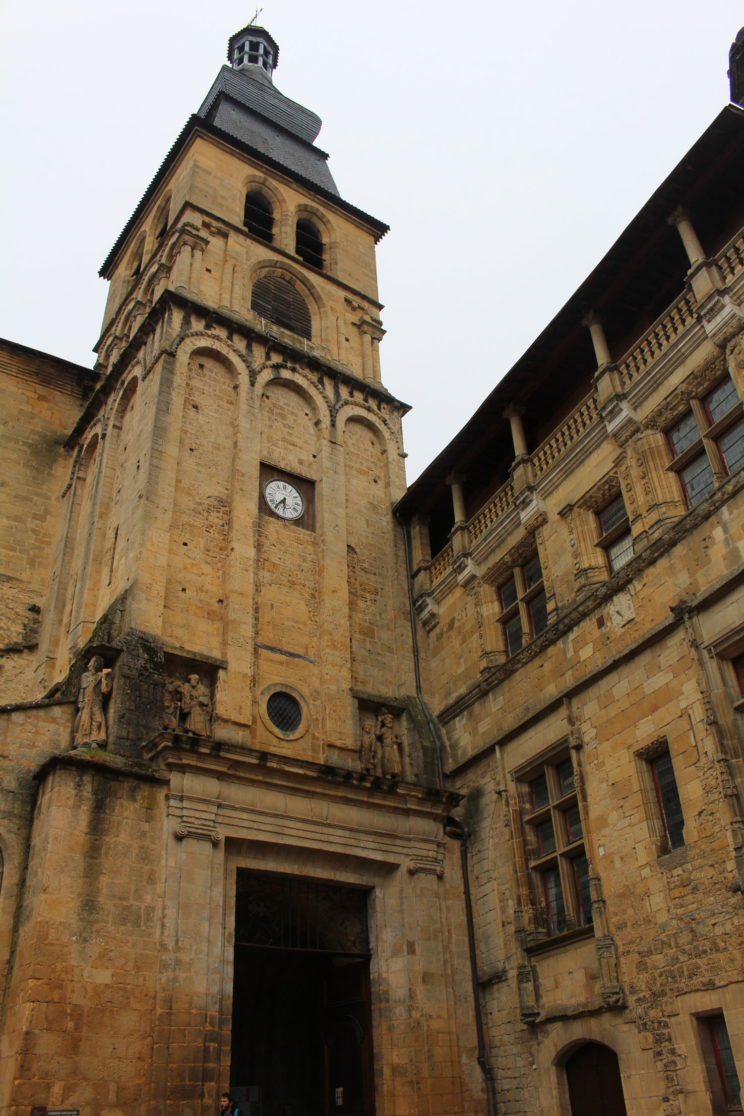 Sarlat, Saint-Sacerdos cathedral, romanesque tower