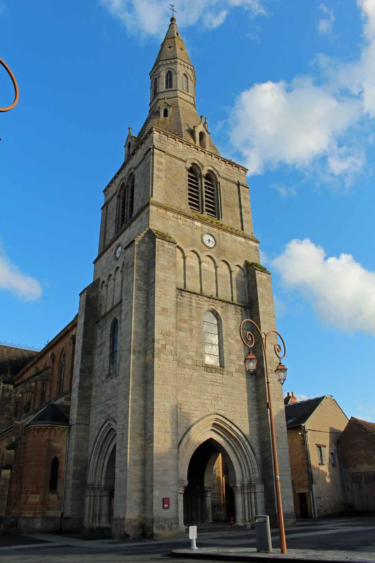 La chtre saint germain church for La quincaillerie saint germain