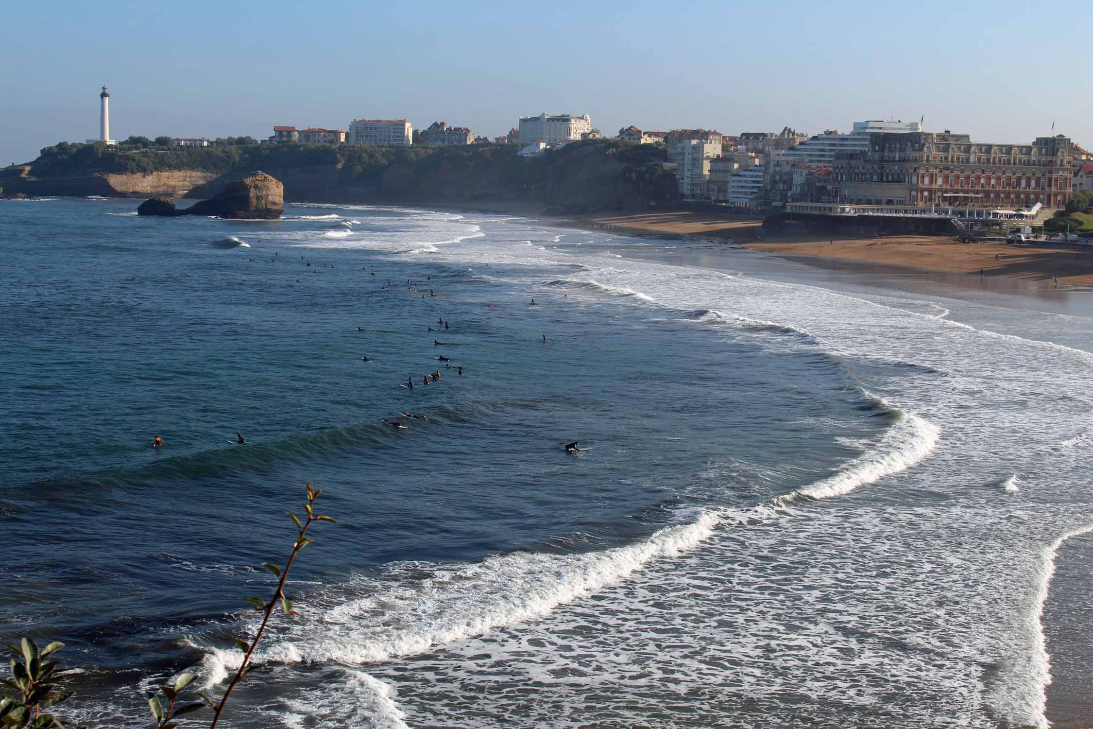 Biarritz, great beach, surfers