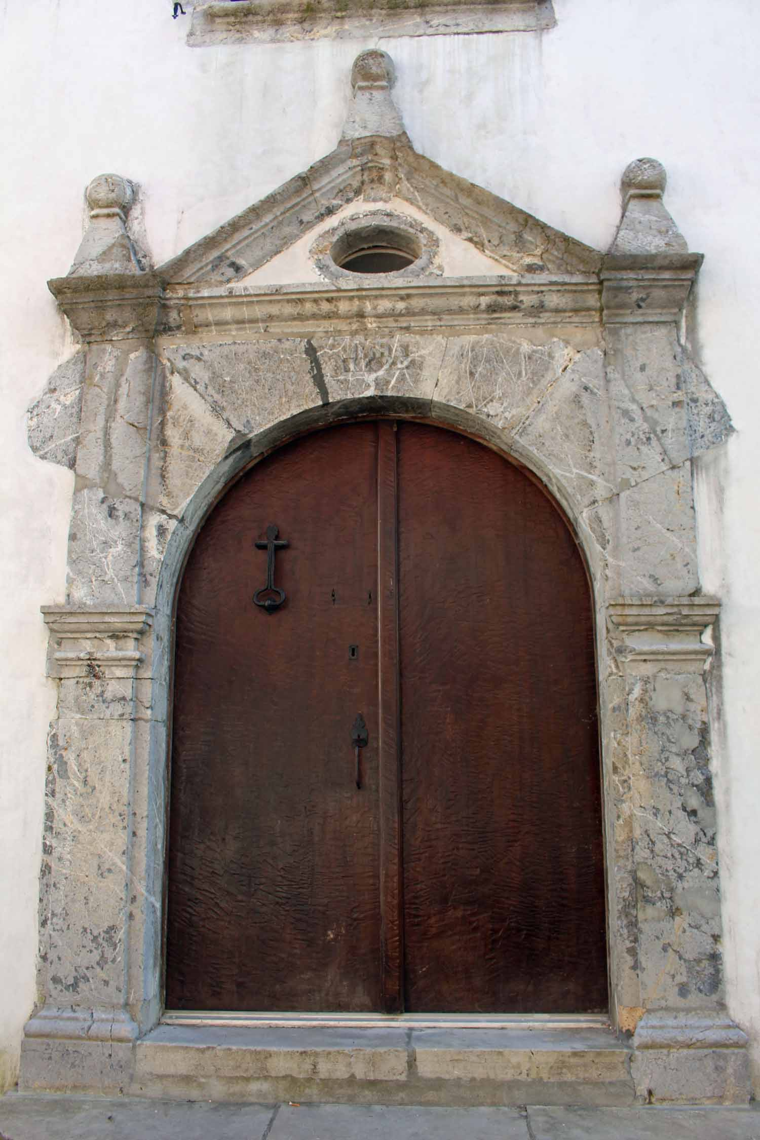 La Bastide Clairence, typical door