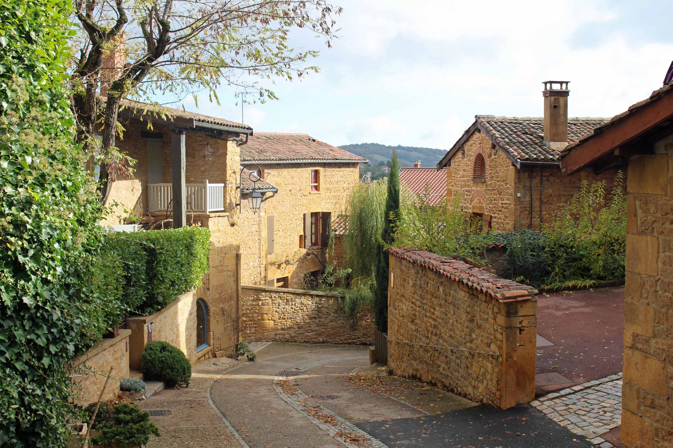 Oingt, Beaujolais, alley
