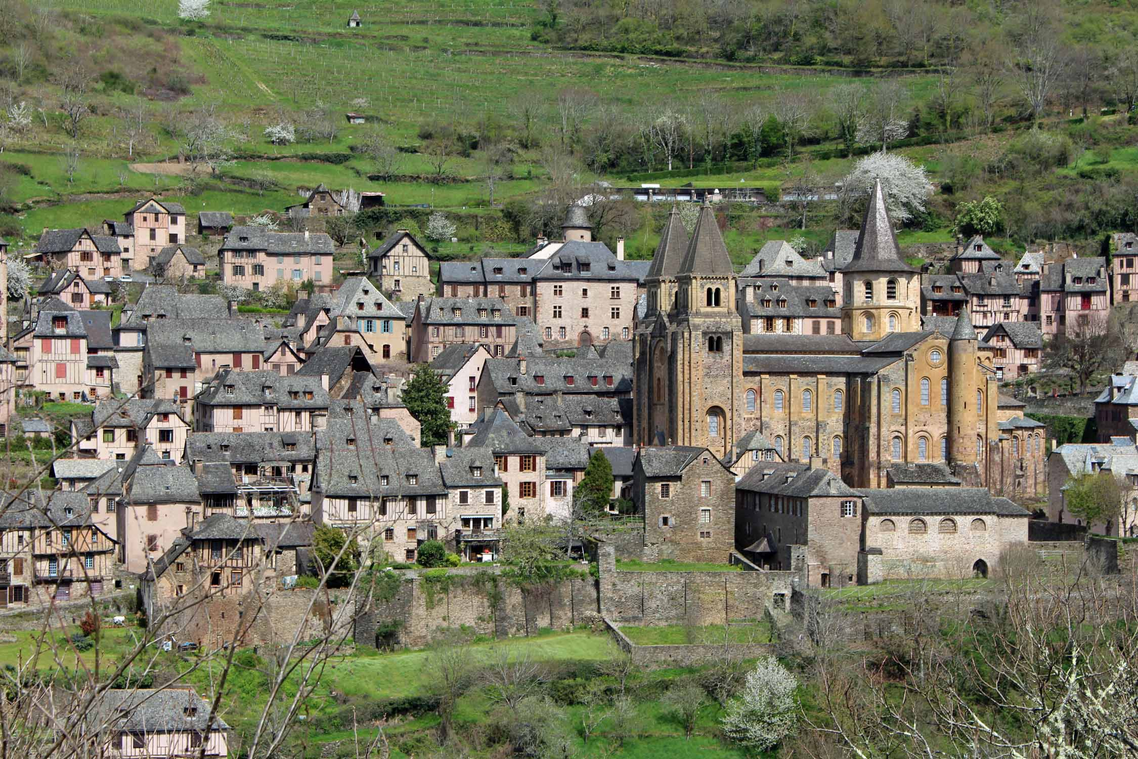 Conques, view, village