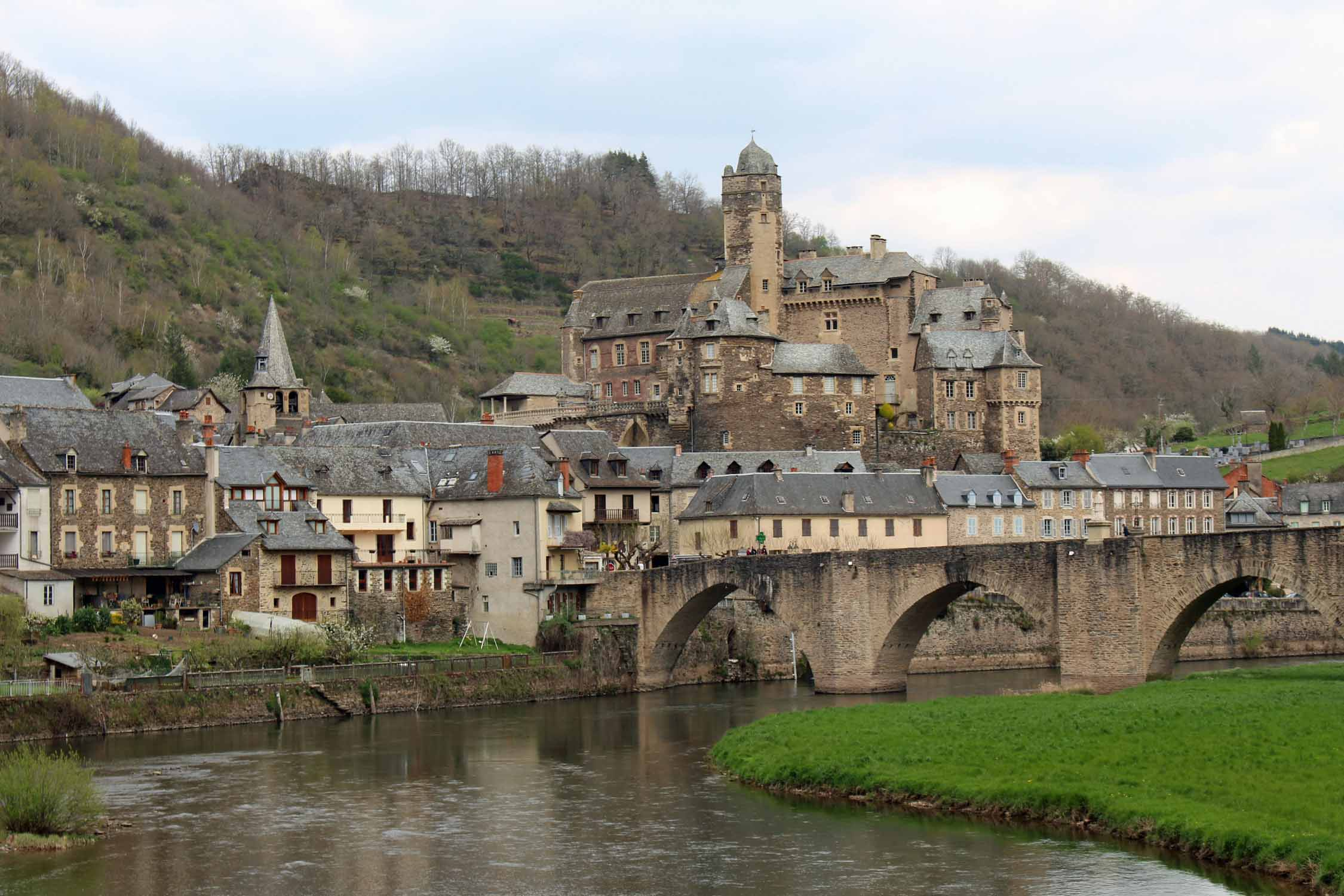 Estaing, castle