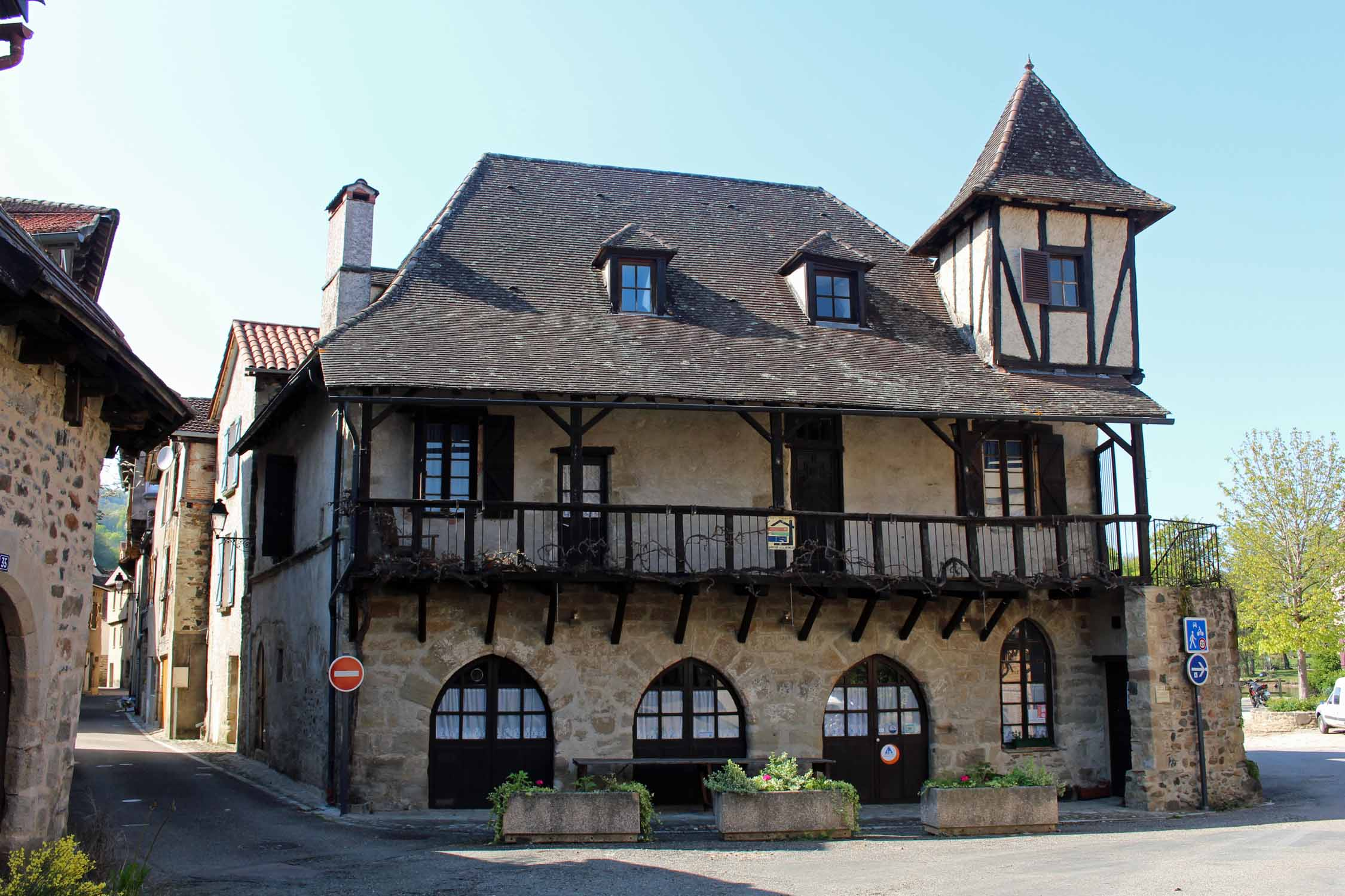 Beaulieu-sur-Dordogne, typical house
