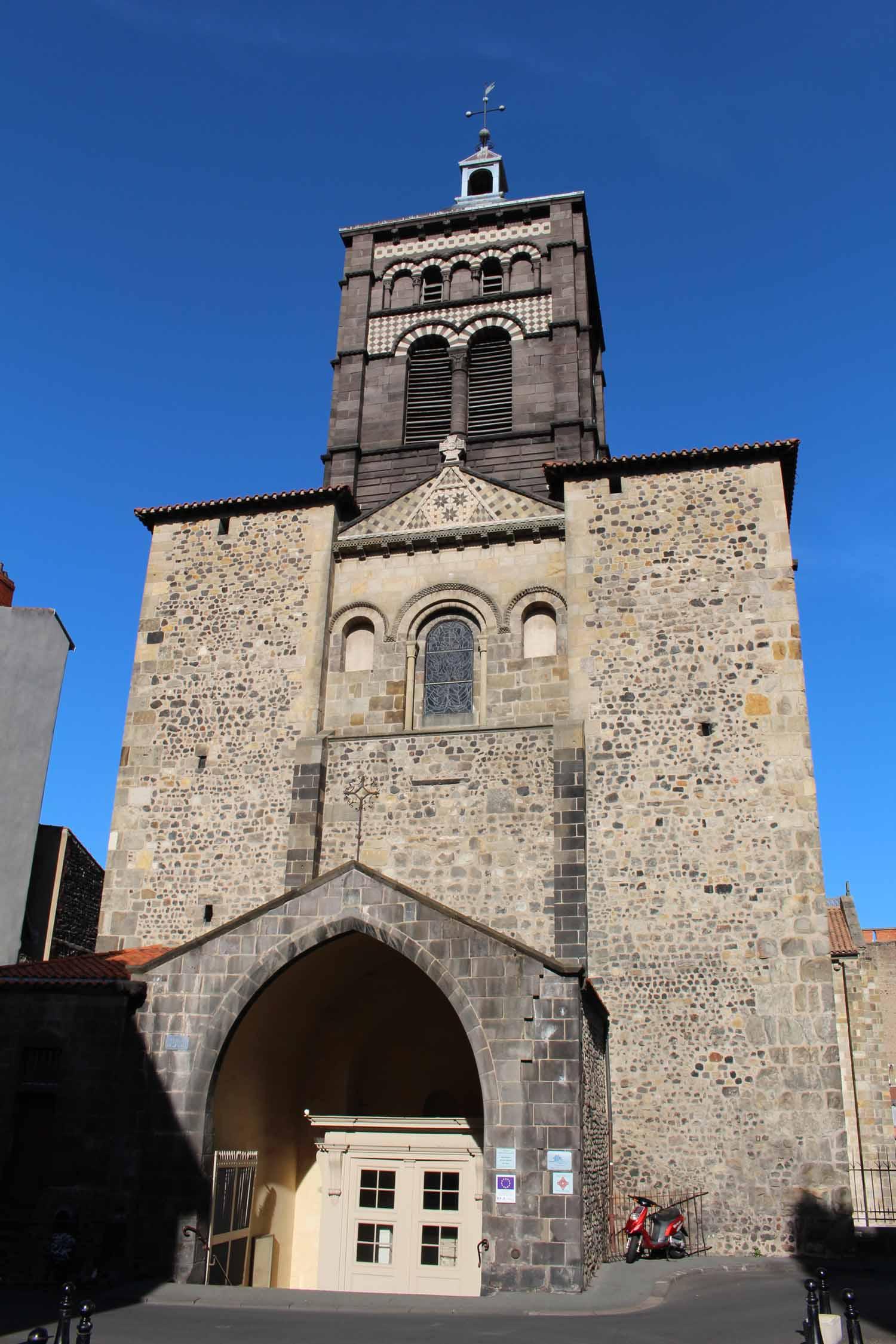 Clermont ferrand notre dame du port - Rue du port clermont ferrand ...