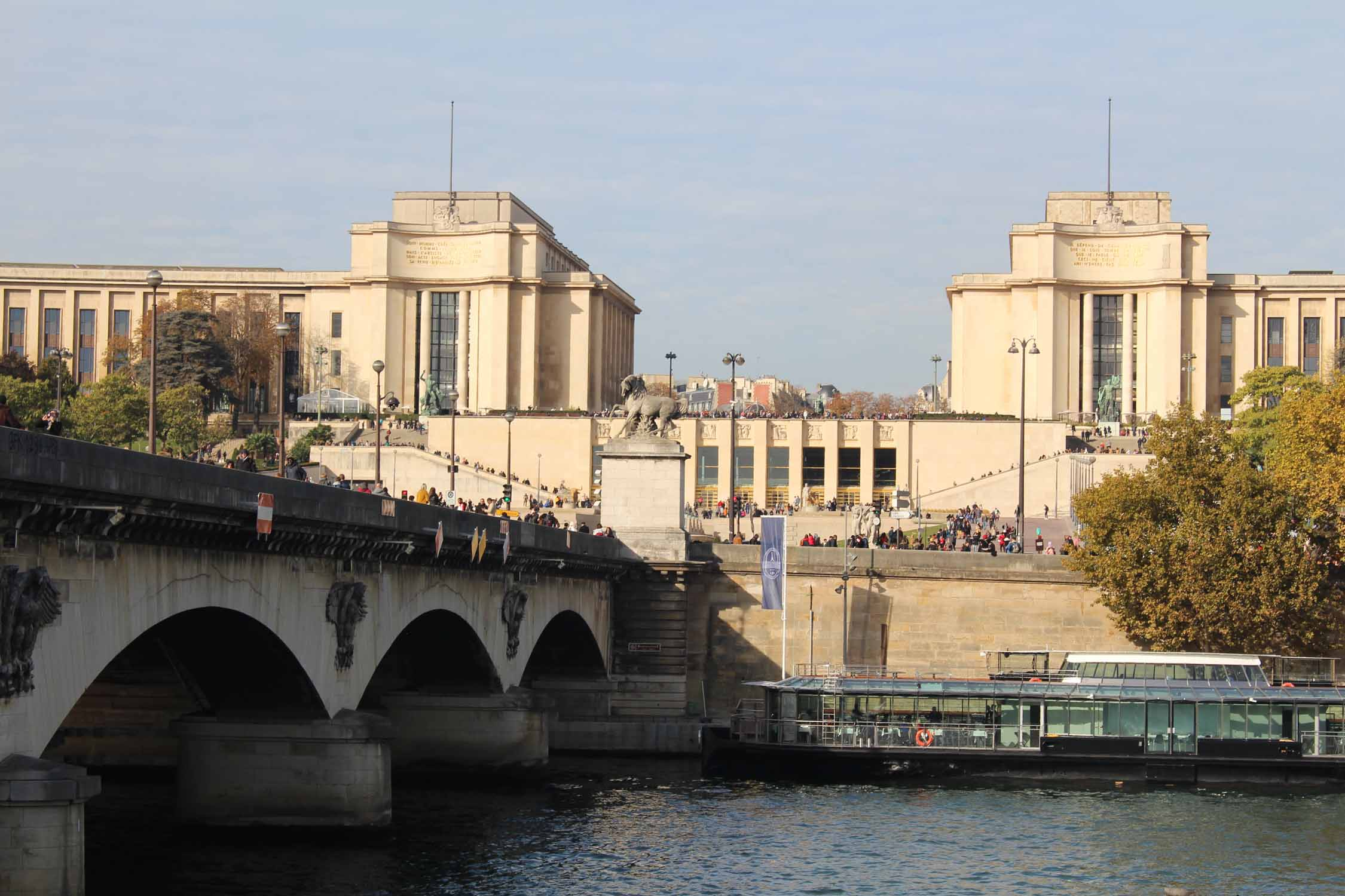 Paris, palais de Chaillot, Seine river