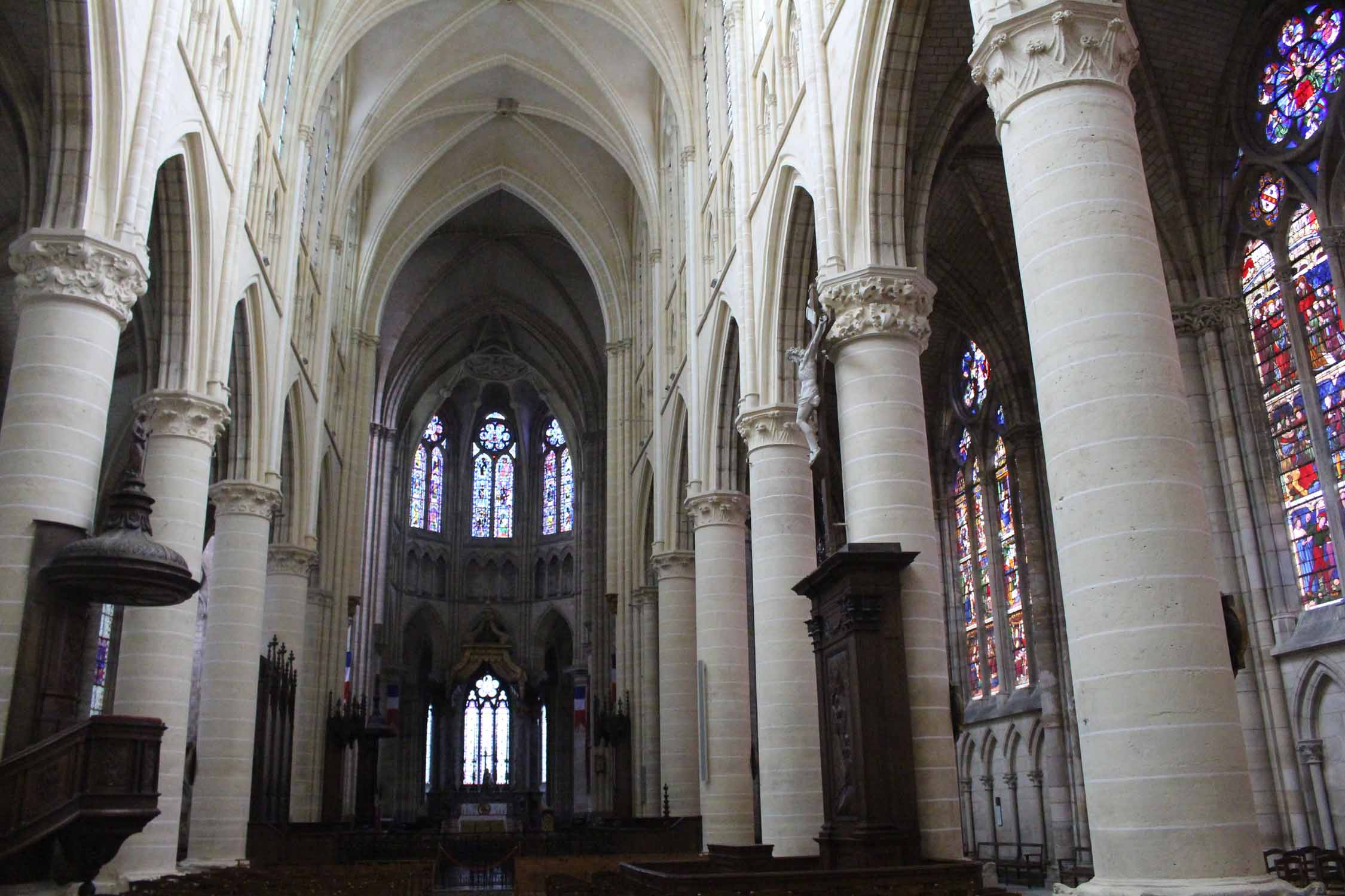 Châlons-en-Champagne, cathedral St-Etienne, interior