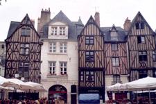 Plumerau square