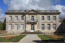 Pierre-Levée castle