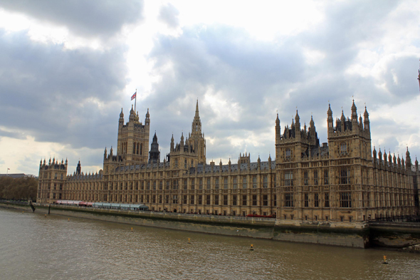 The palace of Westminster and the Thames