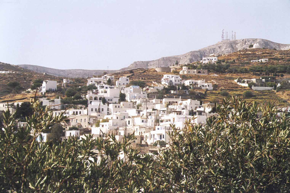 Paros, village of Lefkes
